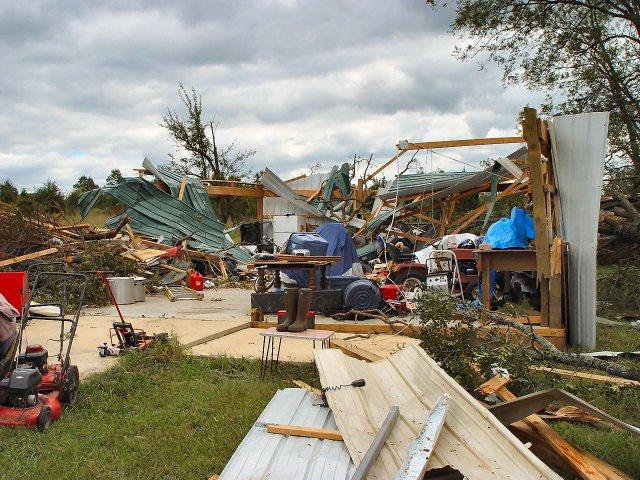 f1 tornado damageF1 Tornado Damage